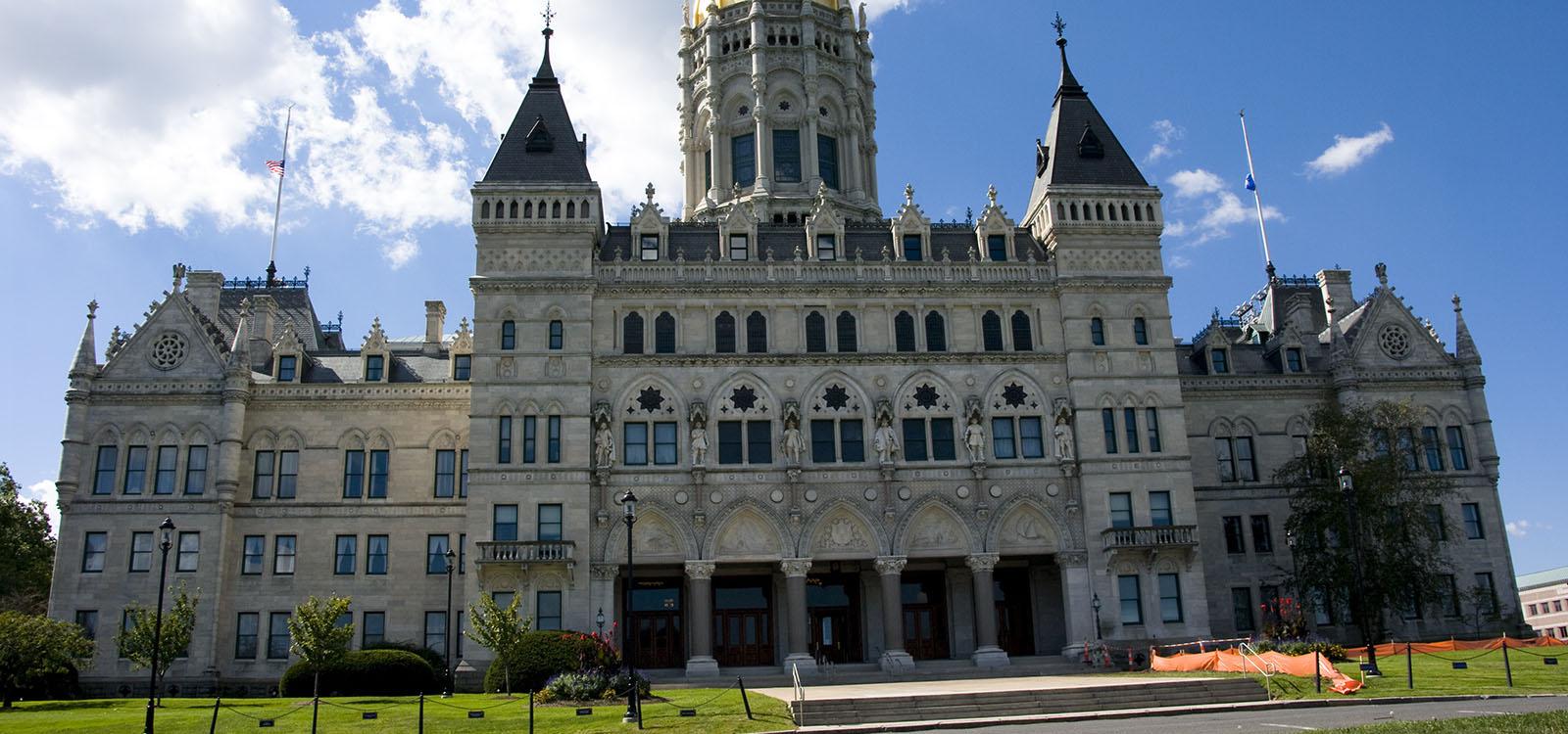 Connecticut Gov. Signs Industrial Hemp Bill - Ganjapreneur