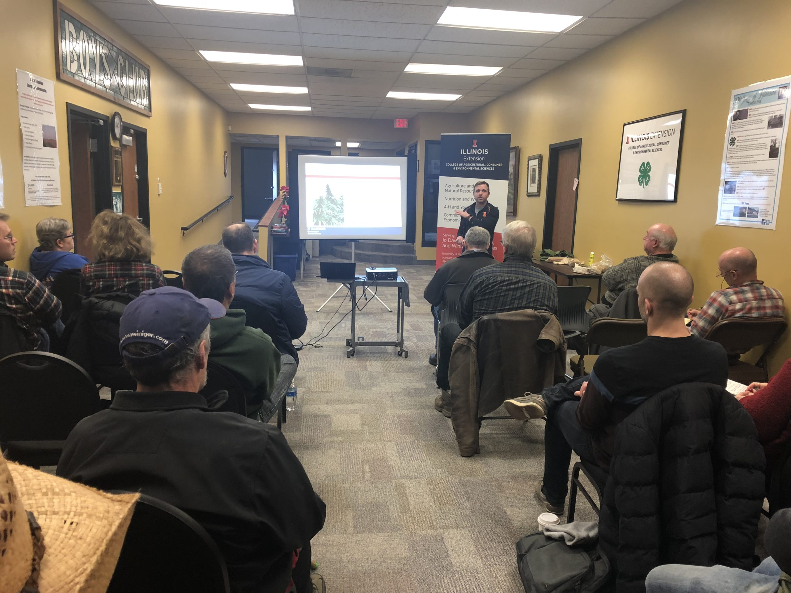 Interested farmers learn about industrial hemp at the University of Illinois Extension Office in Winnebago County - WIFR