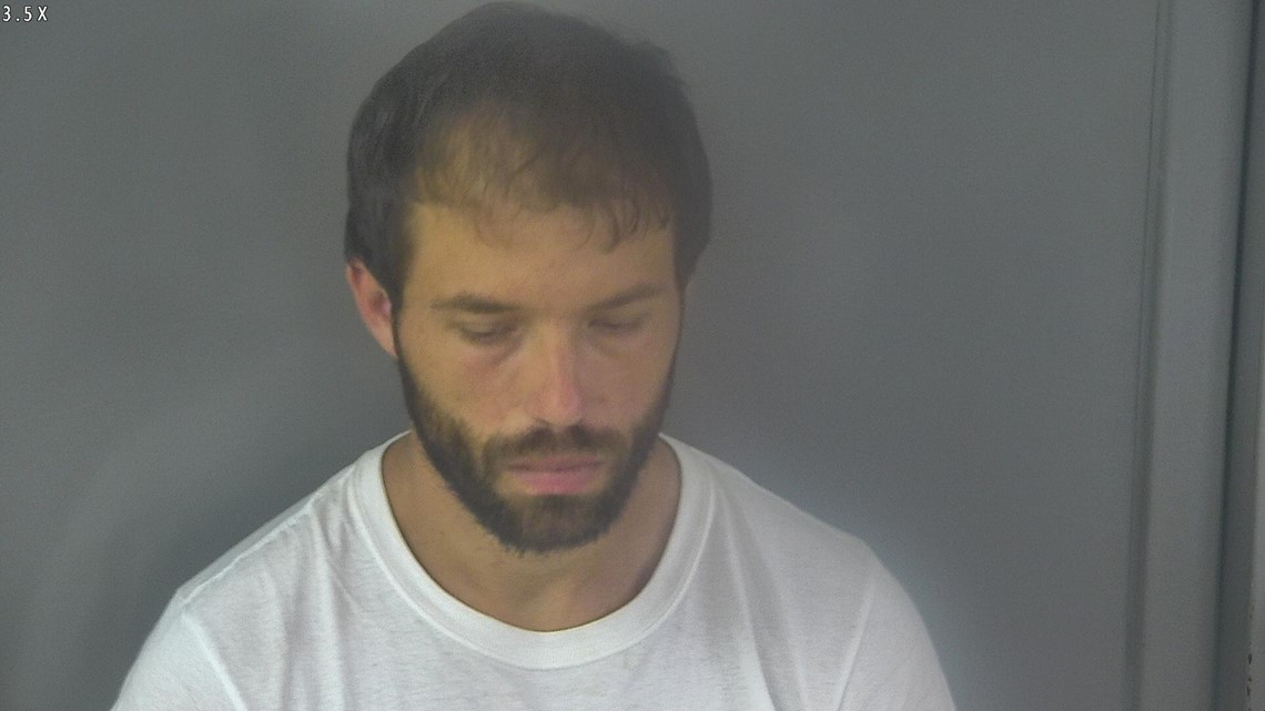 Man charged in hemp plant theft - WHAS11.com