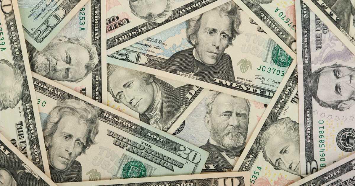 Wisconsin Bankers Cautiously Embracing Hemp Businesses - HempGazette