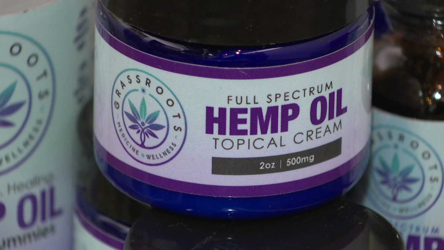 With Hemp Now Legal In Florida, Many Look To Cash In On CBD Oil - CBS Miami