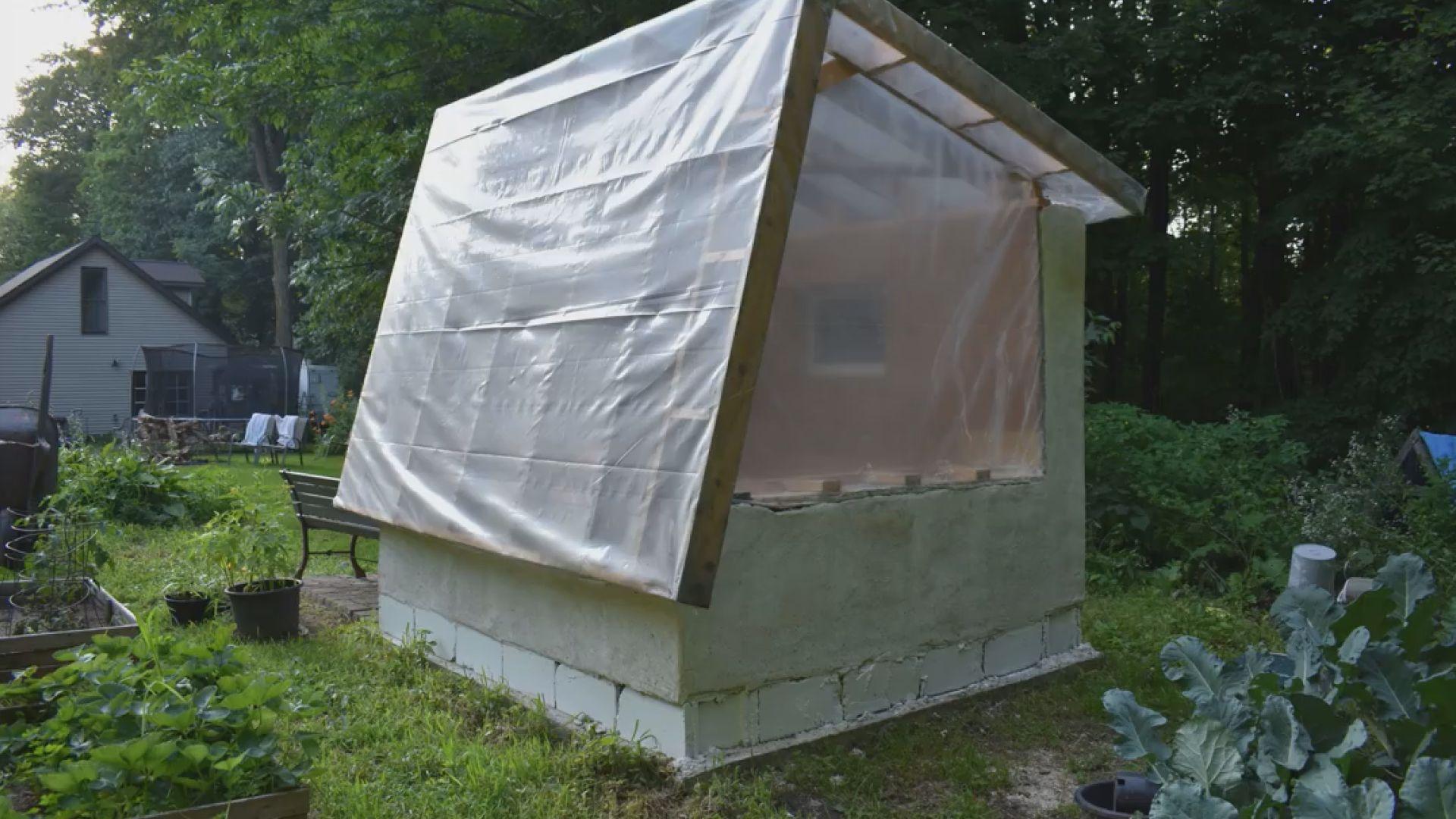 "Wittenberg man creates ""green"" concrete alternative - WSAW"