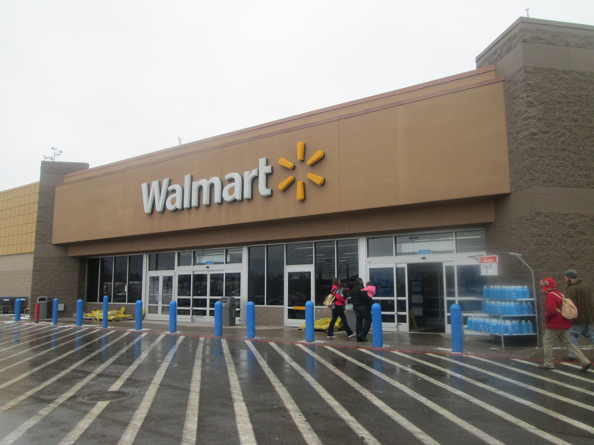 Walmart E-Store Now Sells CBD Products